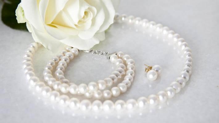prezent dla babci biżuteria