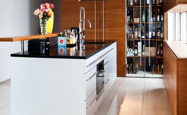 Drewniane jasne meble kuchenne