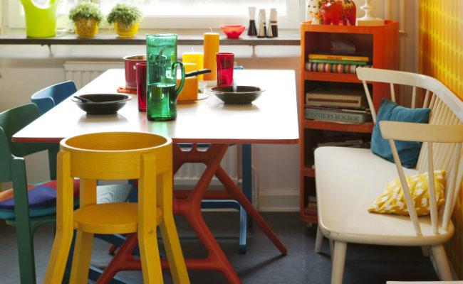 Kolorowe meble w stylu retro