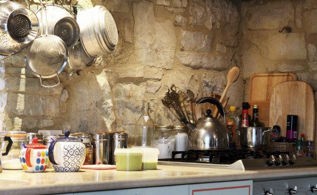 Tradycyjna kuchnia w stylu wiejskim