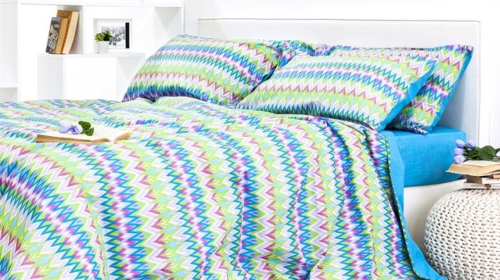 pościel sypialnia niebieska