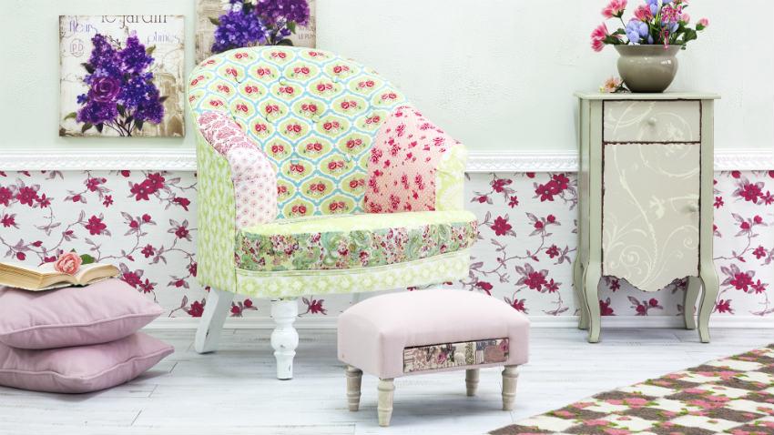 Krzesło z podnóżkiem