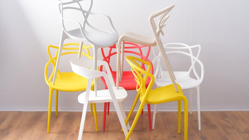 Krzesła lakierowane