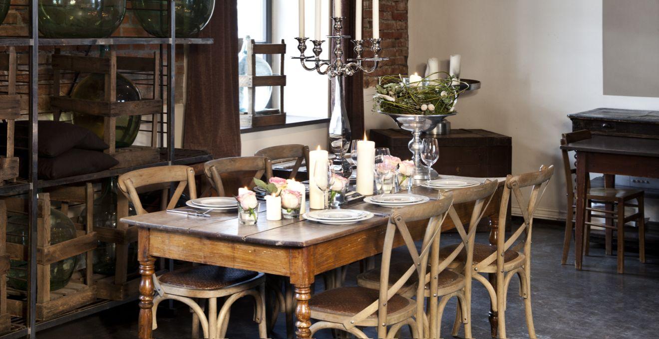 Krzesła w stylu rustykalnym