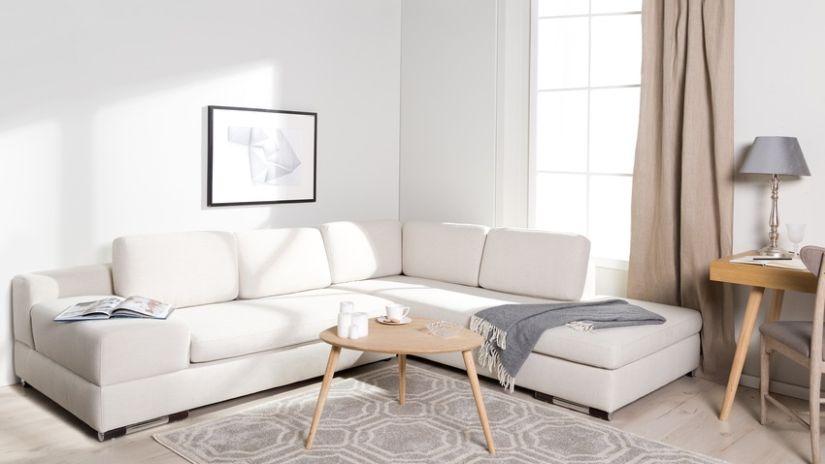 Pohodlná biela sedačka do obývačka