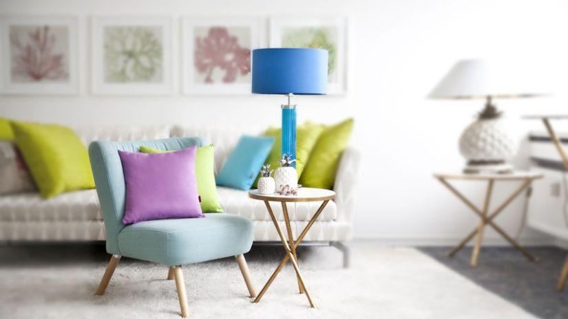 Modrá trendová lampa