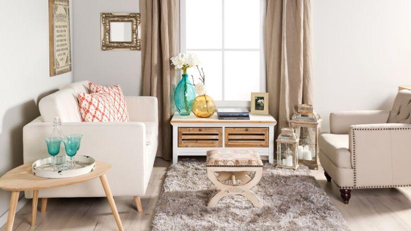 Klasický sivý mäkký koberec