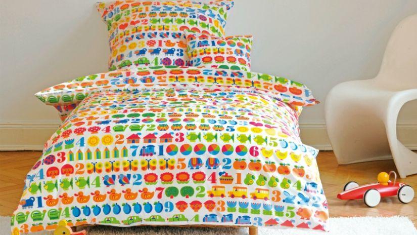 Trendy farebná detská posteľ