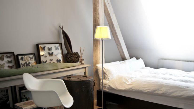Drevená detská posteľ vo vidieckom štýle