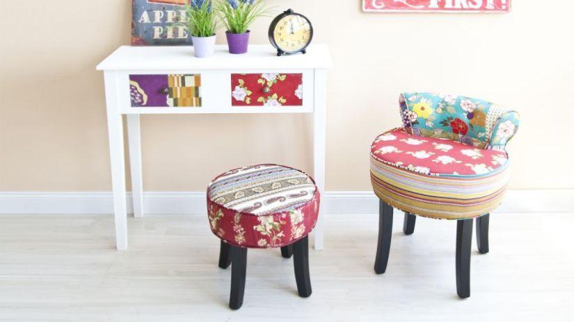 Moderný biely stôl pre deti
