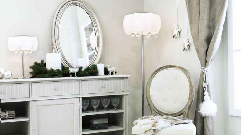 Veľké stojace zrkadlo do obývačky