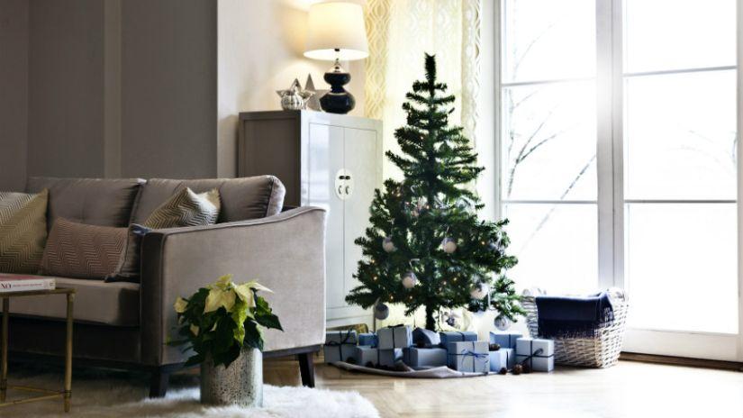 Sivá rustikálna sedačka do obývačky