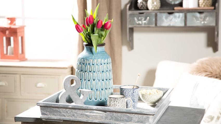 Modrá trendy váza