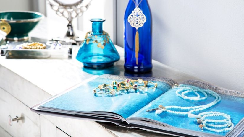Tyrkysové vázy zo skla
