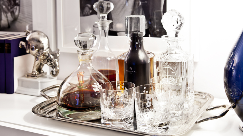 Karafy na víno zo skla