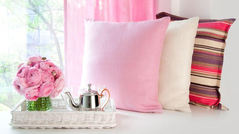 Dievčenské svetlo-ružové závesy