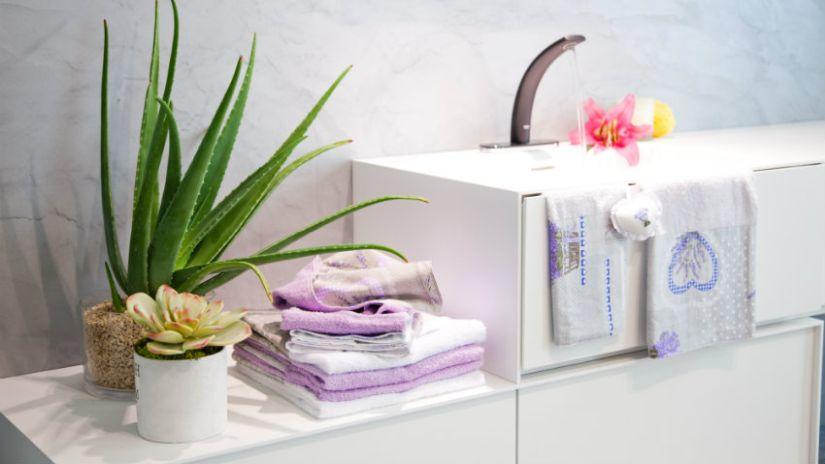 Biele štýlové umývadlo