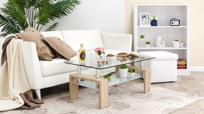 Konferenčný stolík do obývacej izby sklenený