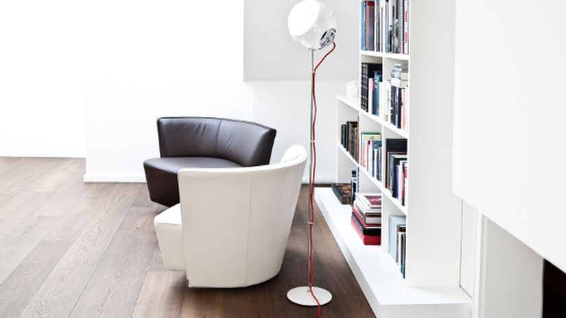 Trendy biela knižnica