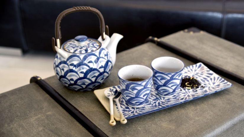 Keramická kanvica na čaj