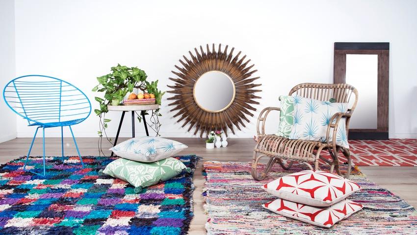 Retro farebné stoličky