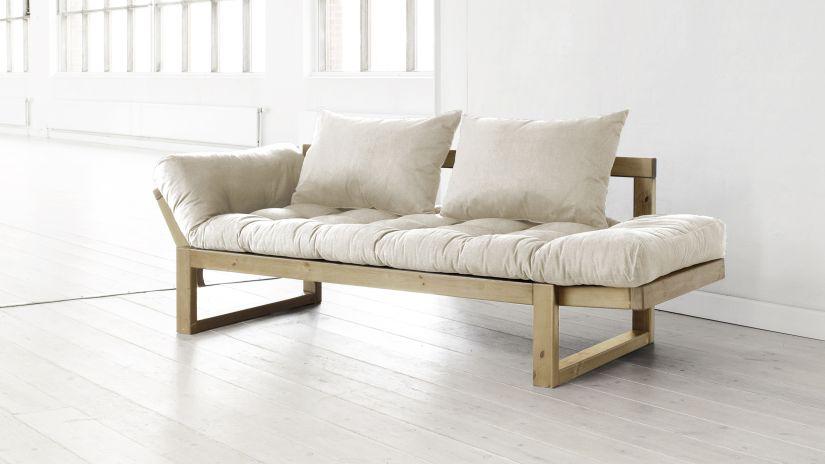 Pohodlný futon v prírodných farbách