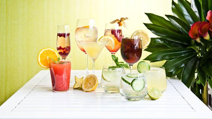 Sada štýlových pohárov na martini
