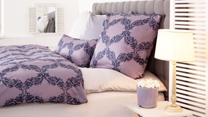Luxusné fialové posteľné obliečky
