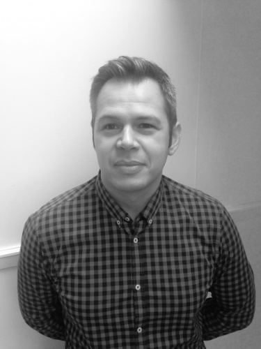 Simon Halifax-Senior Marketing Consultant (2)