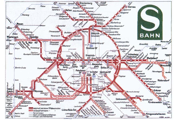 Was this 1931 Berlin S-Bahn diagram an influence on Beck's iconic 1933 London tube map design? - © BVG