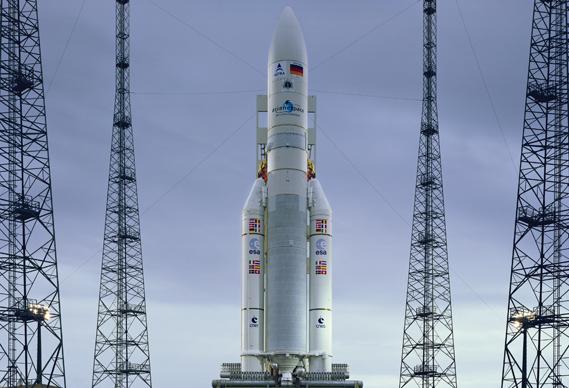 569d_9.17_hr2_0.jpg - Simon Norfolk: Satellite - 2735