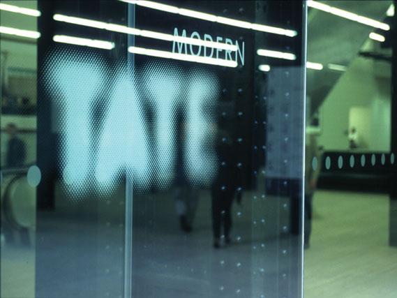 6_1.jpg - 06 Tate (1999) - 3175