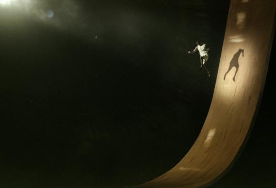 jordan_0.jpg - Jordan gets airborne - 3895