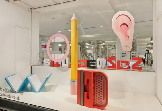 cmself388_0.jpg - Wordplay in Selfridges' windows - 4075