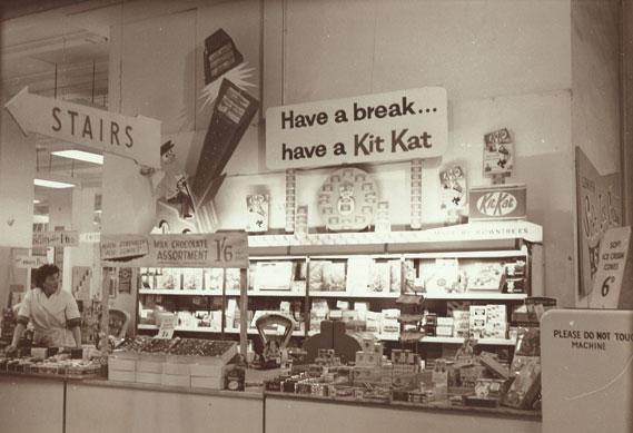 shop_0.jpg - Have a Break. Have a Kit Kat - 4033