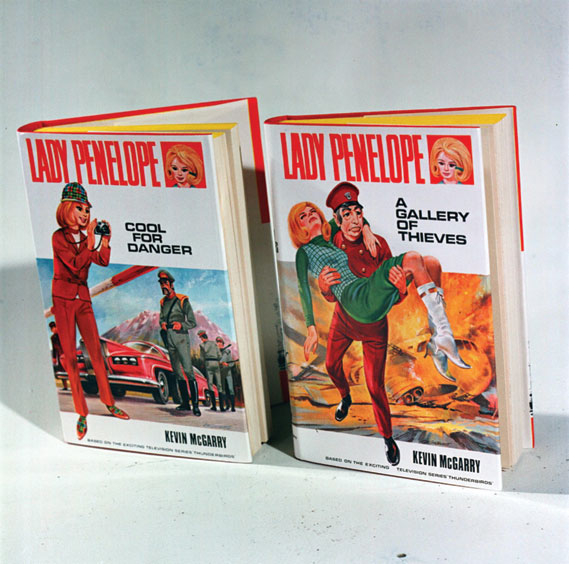 Lady Penelope featured in her own series of novels by Kevin McGarry (1965)