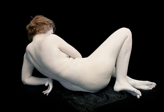 nadakander388_0.jpg - Bodies – 6 Women, 1 Man by Nadav Kander - 4951