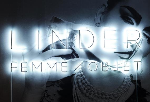 1._lead_image_0.jpg - Exhibition design: Linder Femme/Objet - 5077