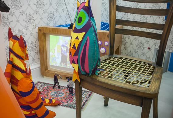 1_0.jpg - Playtime at The Royal London's Children Hospital - 5092
