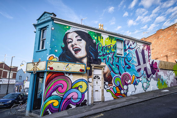 upfest_soulful_crew569_0.jpg - Painting the town: Bristol's urban street art festival - 5363