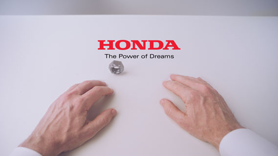 hands__endframe_0.jpg - W+K releases animated Honda short - 5510