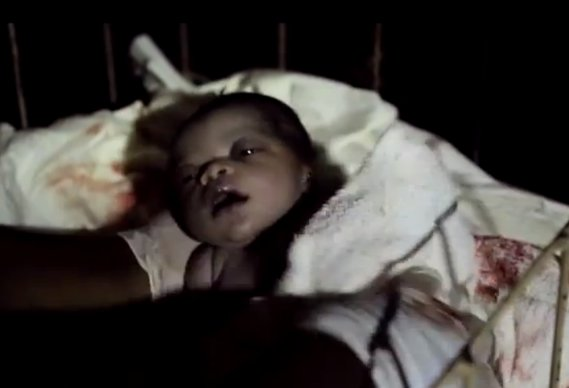 savethechildren_0.jpg - Save the Children ad features real-life birth - 6167