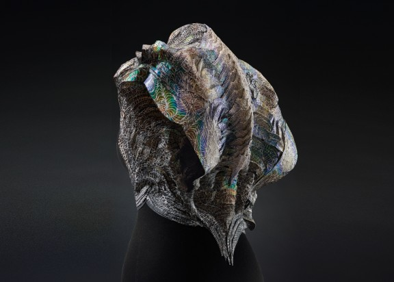 The Eighth Sense, a garment that changes colour to reflect its wearer's emotions