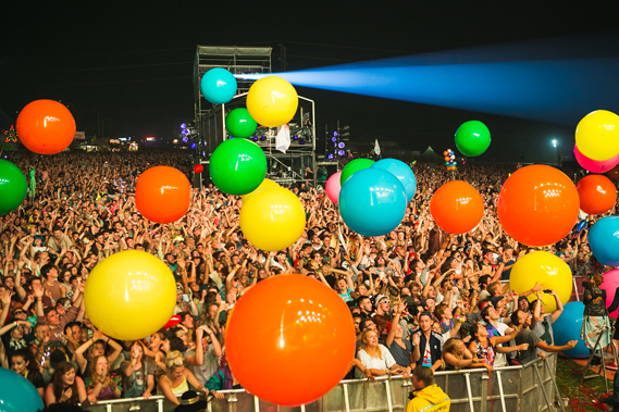 """A balloon drop accompanied by fireworks as part of the headline act show help to create """"special moments"""" as da Bank describes. Photo by Dan Dennison"""
