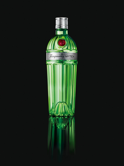 Tanqueray No. Ten by Design Bridge, UK: note the lemon squeezer cleverly hidden in the base (or 'punt') of the bottle