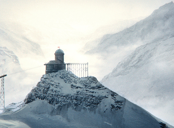 Throughout The Grand Budapest Hotel, Anderson makes extensive use of miniatures, rather than creating buildings in CGI. Shown here is the observatory in the finished film, with snowy background added in post-production