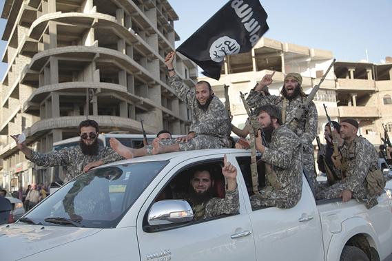 the_islamic_state_2_0.jpg - Under a black flag - 7209
