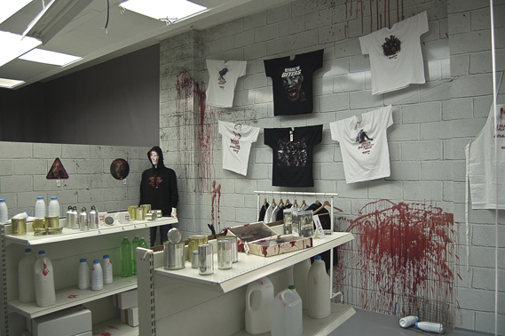 In the Bloodstore project, agency Torke & CC used merchandise from TV show Walking Dead in a pop-up blood donation centre