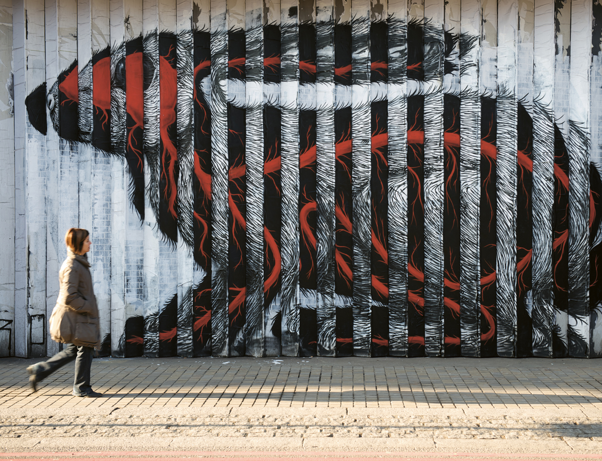 The Lenticular Rabbit by ROA, London, UK, 2009. Photo by RomanyWG. From Visual Impact (Phaidon, 2015)