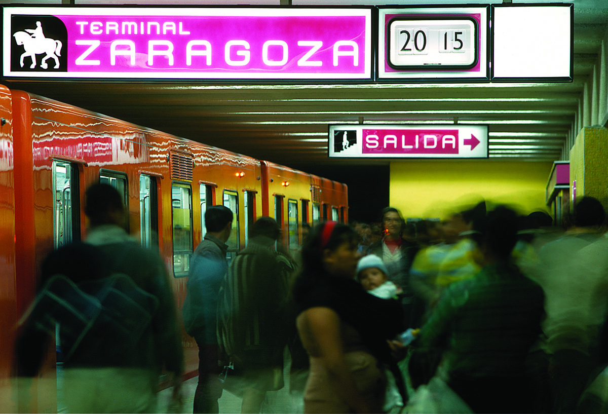 Signage and platform clock on display at Terminal Zaragoza. Photo: Robin Bath